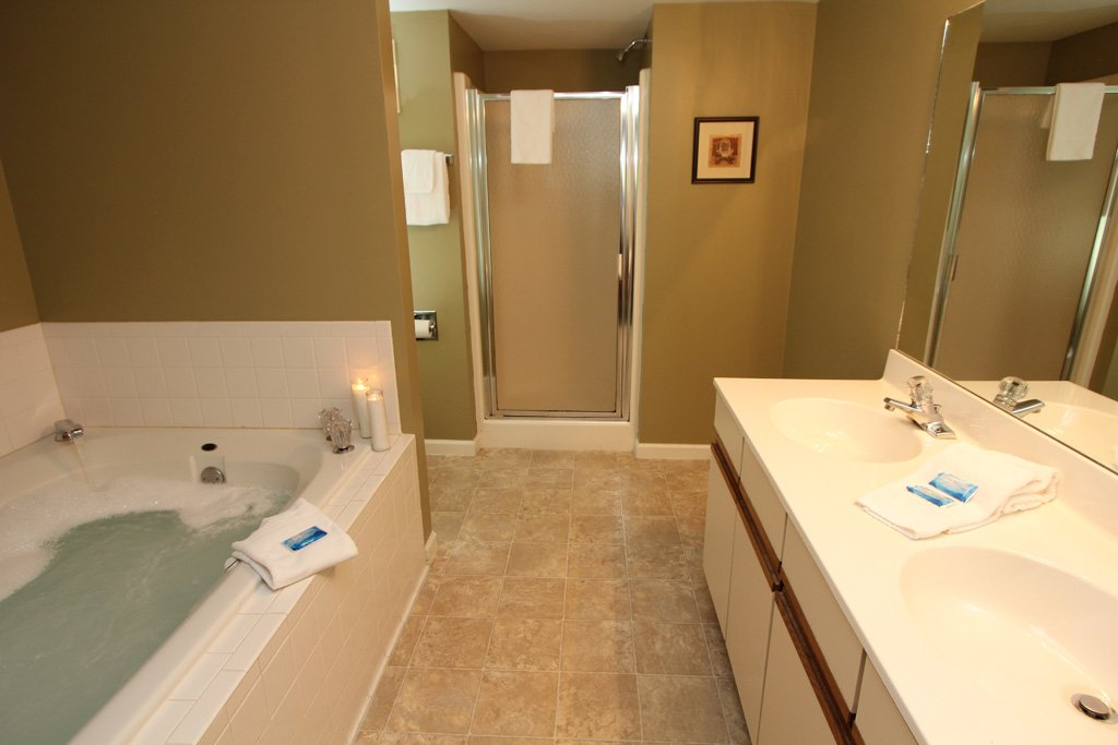 Photo of a Gatlinburg Condo named Level One, Great River View - 102 - This is the seventh photo in the set.