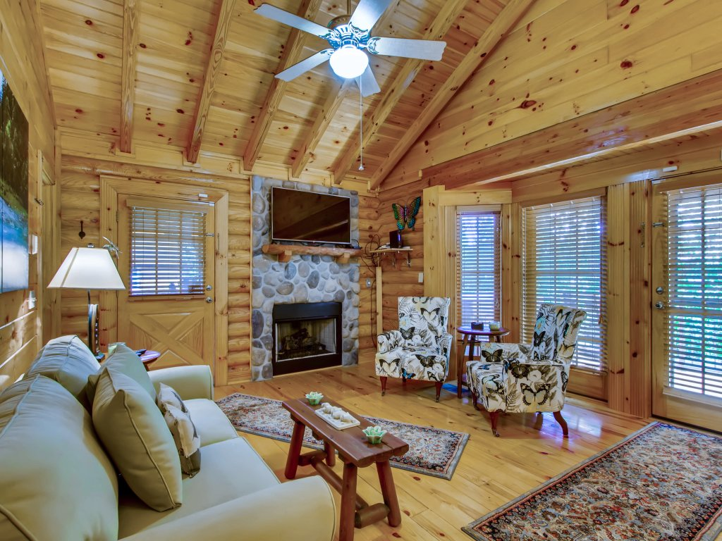 Photo of a Pigeon Forge Cabin named A River Adventure #4237 - This is the seventh photo in the set.