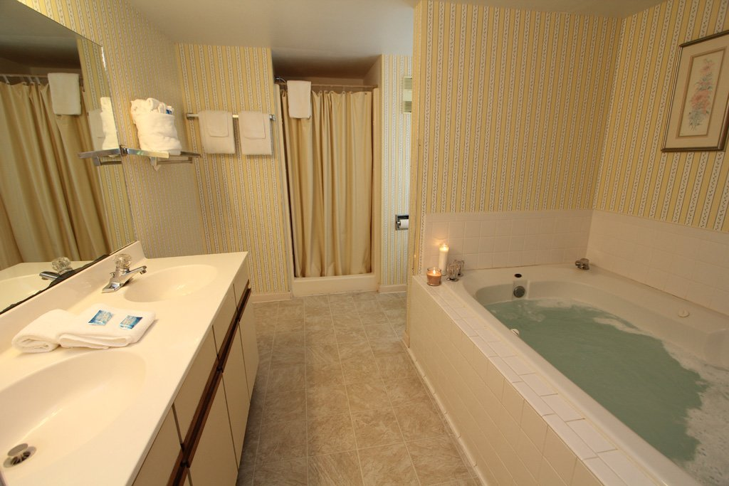 Photo of a Gatlinburg Condo named Level One, Great River View - 111 - This is the tenth photo in the set.