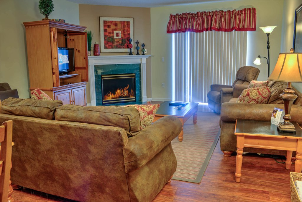Photo of a Pigeon Forge Condo named Whispering Pines 233 - This is the fourteenth photo in the set.