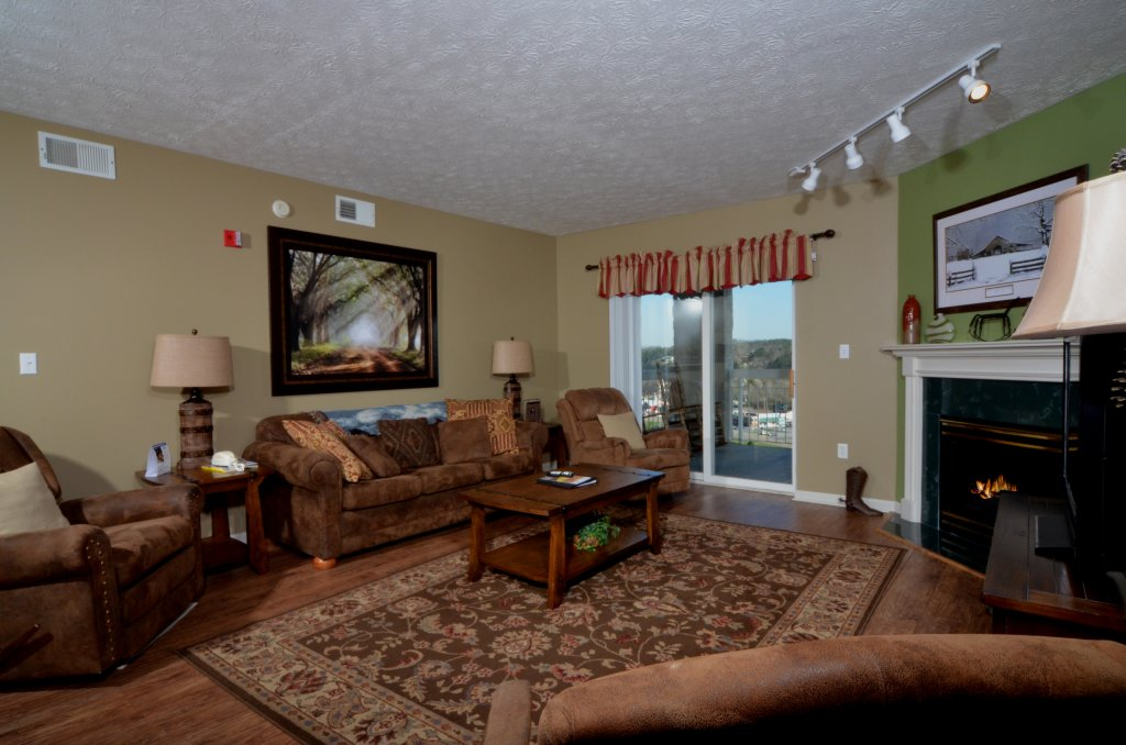 Photo of a Pigeon Forge Condo named Whispering Pines 232 - This is the fourteenth photo in the set.