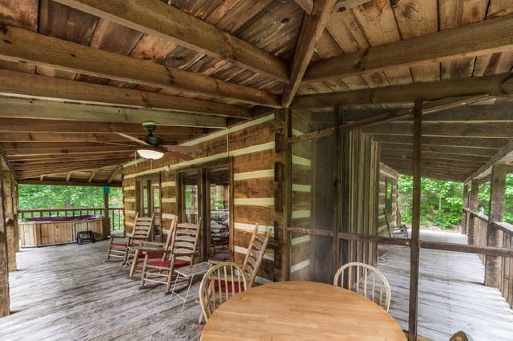Photo of a Pigeon Forge Cabin named Simply Serene - 201 - This is the sixteenth photo in the set.