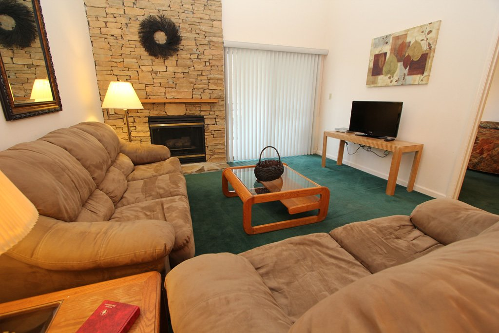 Photo of a Gatlinburg Condo named Level Four, Great River View - 403 - This is the second photo in the set.