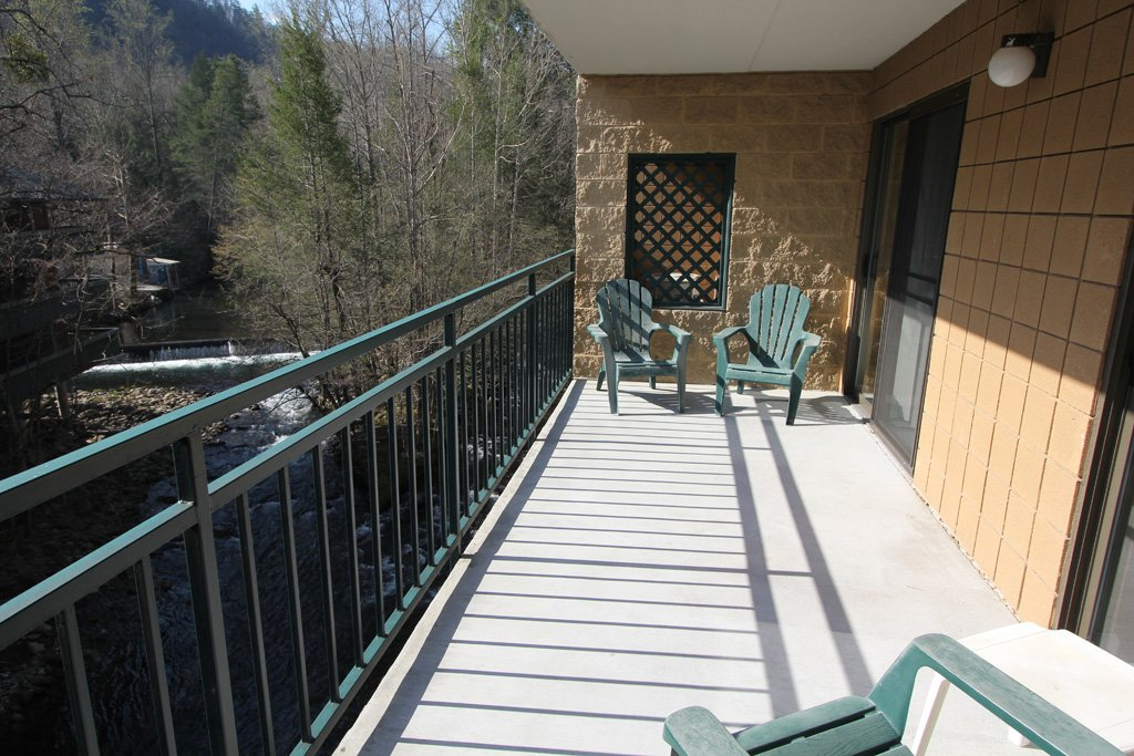 Photo of a Gatlinburg Condo named Level Three, Great River View - 302 - This is the fourteenth photo in the set.