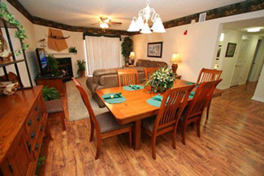 Photo of a Pigeon Forge Condo named Whispering Pines 641 - This is the third photo in the set.