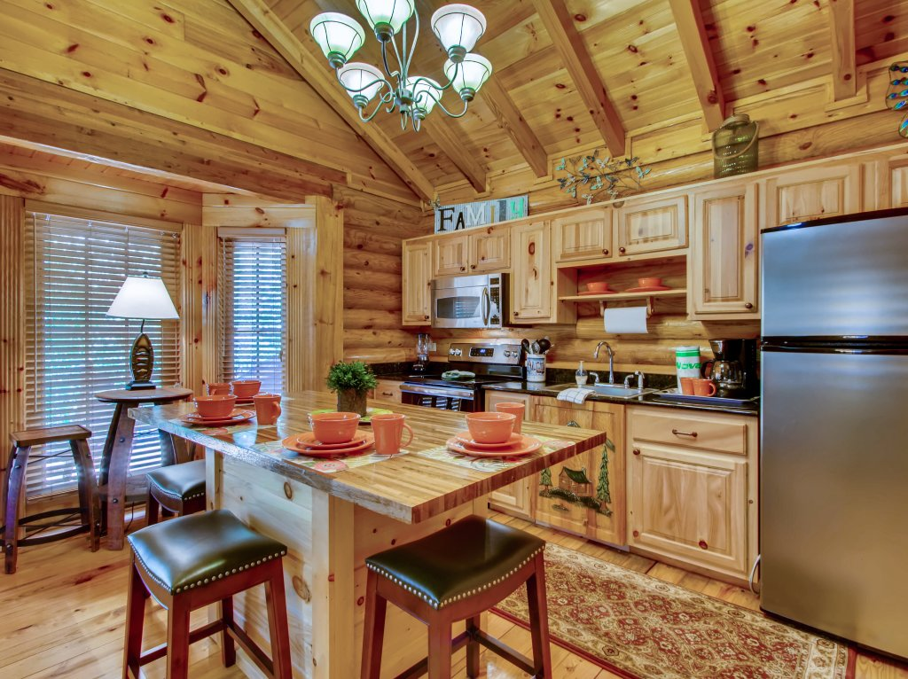 Photo of a Pigeon Forge Cabin named A River Adventure #4237 - This is the sixth photo in the set.