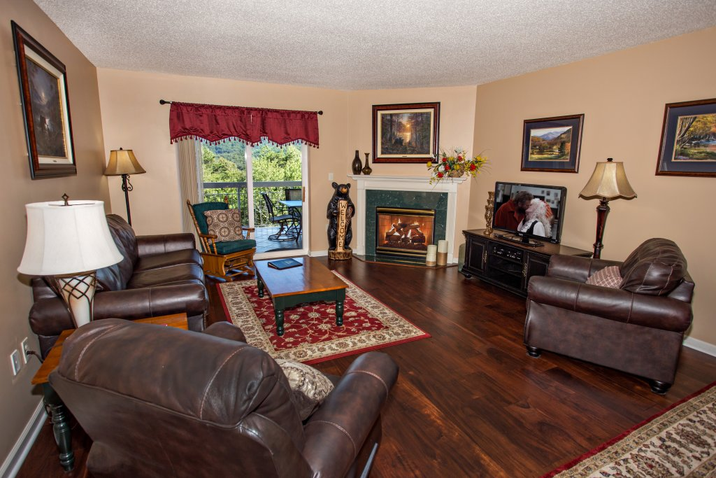 Photo of a Pigeon Forge Condo named Whispering Pines 444 - This is the sixteenth photo in the set.