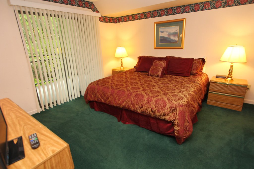 Photo of a Gatlinburg Condo named Level One, Great River View - 107 - This is the seventh photo in the set.