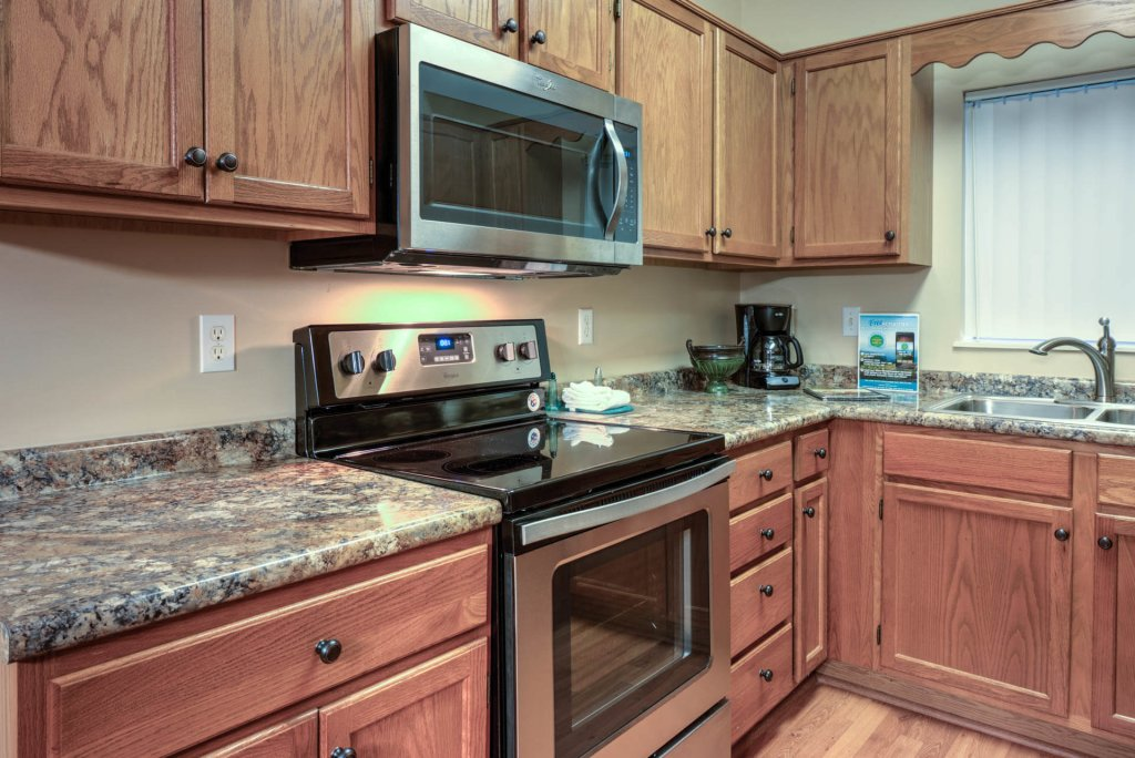 Photo of a Pigeon Forge Condo named Whispering Pines 222 - This is the sixteenth photo in the set.