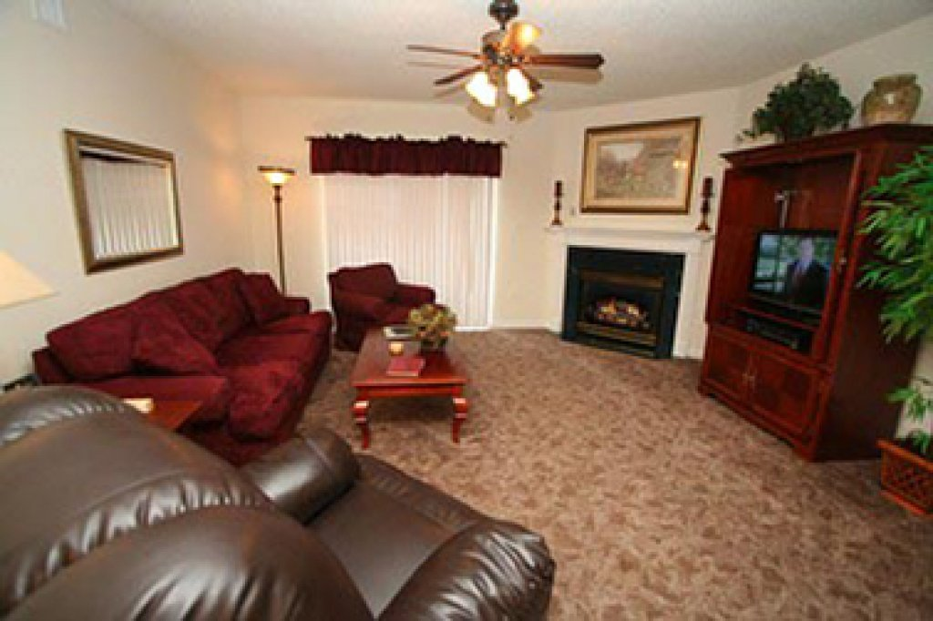 Photo of a Pigeon Forge Condo named Whispering Pines 642 - This is the third photo in the set.