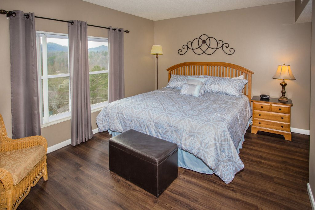 Photo of a Pigeon Forge Condo named Whispering Pines 541 - This is the eighth photo in the set.
