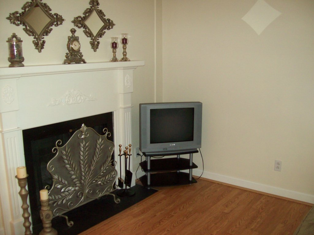 Photo of a Gatlinburg Condo named 215 - This is the first photo in the set.