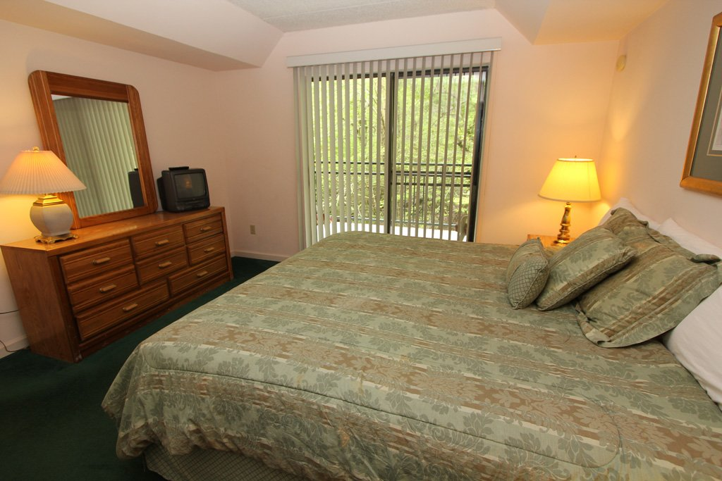 Photo of a Gatlinburg Condo named Level One, Great River View - 111 - This is the eighth photo in the set.