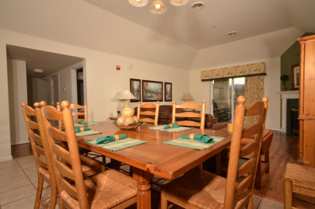 Photo of a Pigeon Forge Condo named Whispering Pines 551 - This is the fourth photo in the set.