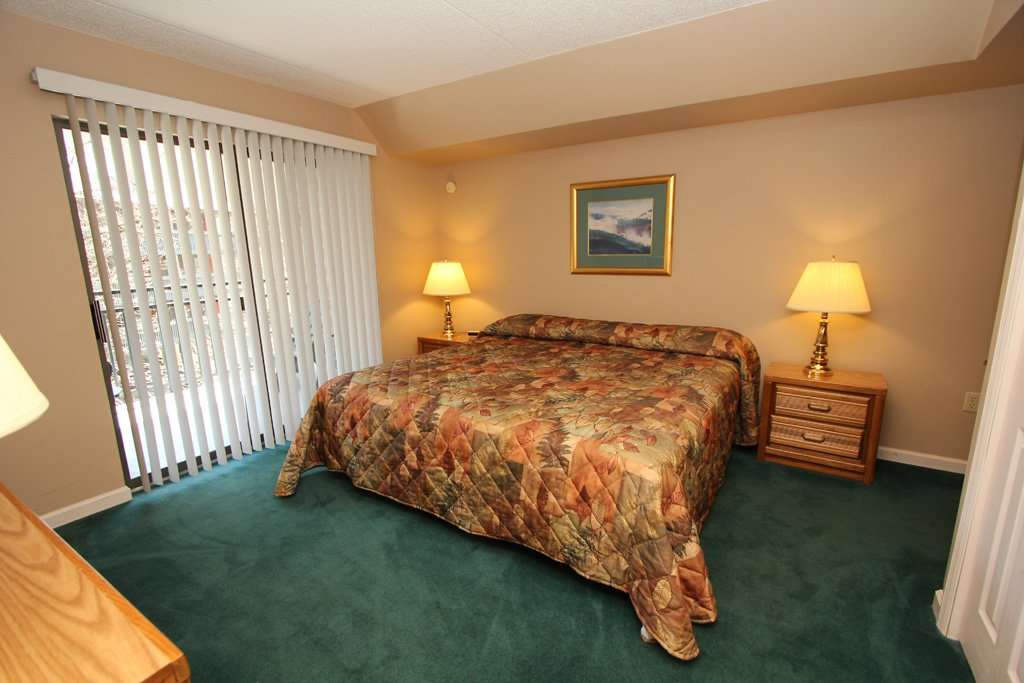 Photo of a Gatlinburg Condo named Level Two, Great River View - 203 - This is the eighth photo in the set.