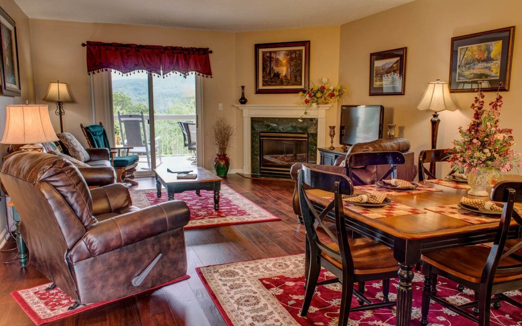 Photo of a Pigeon Forge Condo named Whispering Pines 444 - This is the first photo in the set.
