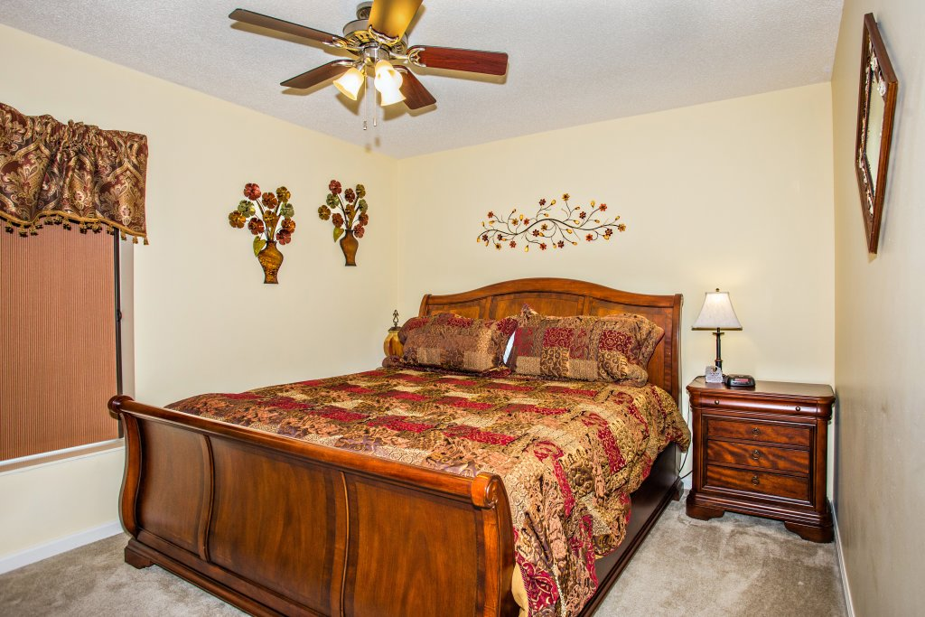 Photo of a Pigeon Forge Condo named Whispering Pines 212 - This is the twenty-first photo in the set.