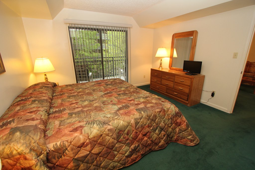 Photo of a Gatlinburg Condo named Level One, Great River View - 104 - This is the sixth photo in the set.