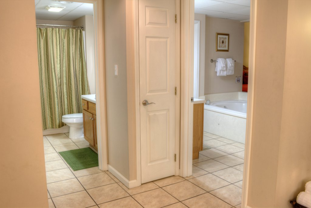Photo of a Pigeon Forge Condo named Whispering Pines 313 - This is the thirty-second photo in the set.
