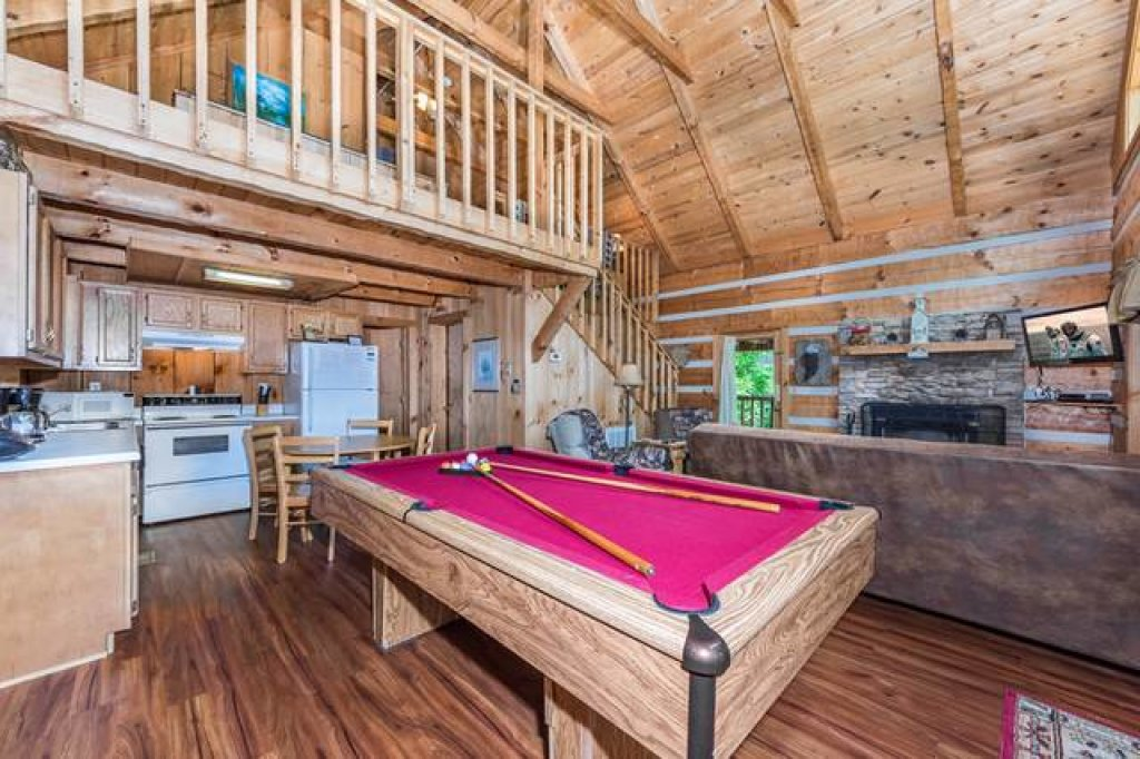 Photo of a Pigeon Forge Cabin named Simply Serene - 201 - This is the third photo in the set.