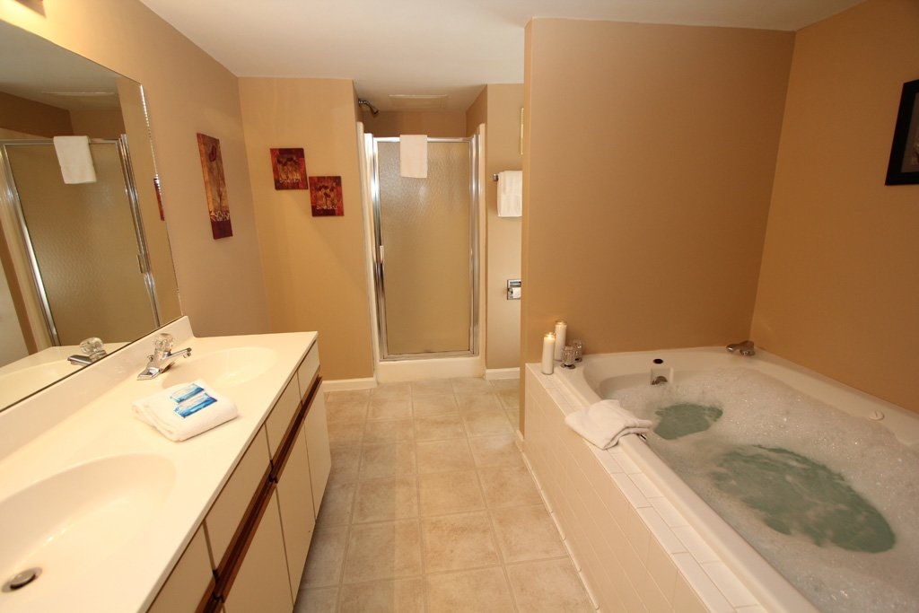 Photo of a Gatlinburg Condo named Level Two, Great River View - 207 - This is the fourth photo in the set.