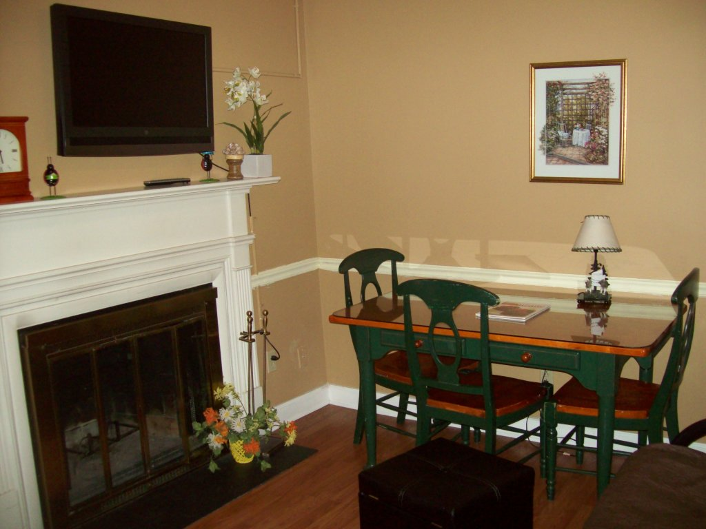 Photo of a Gatlinburg Condo named 413 - This is the first photo in the set.