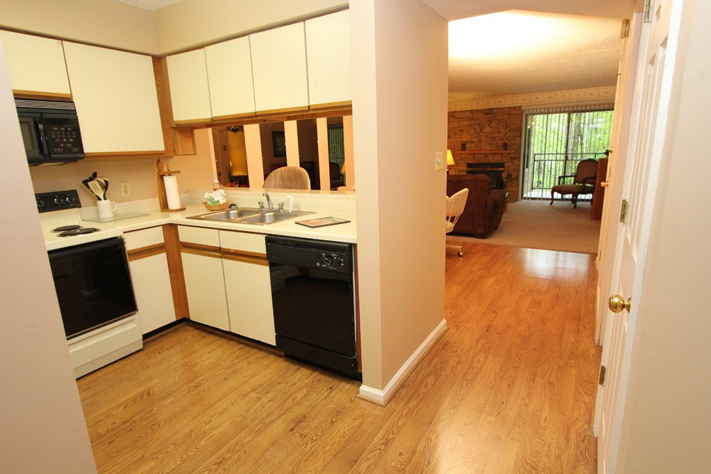 Photo of a Gatlinburg Condo named Level Two, Great River View - 207 - This is the fifth photo in the set.