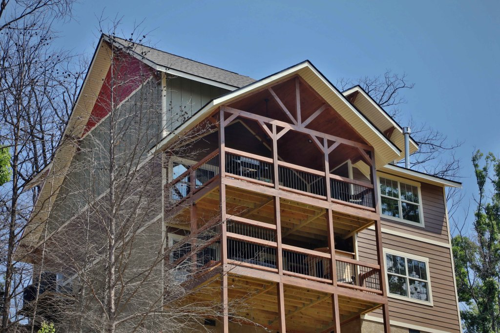 Photo of a Gatlinburg Cabin named Above It All - This is the eleventh photo in the set.