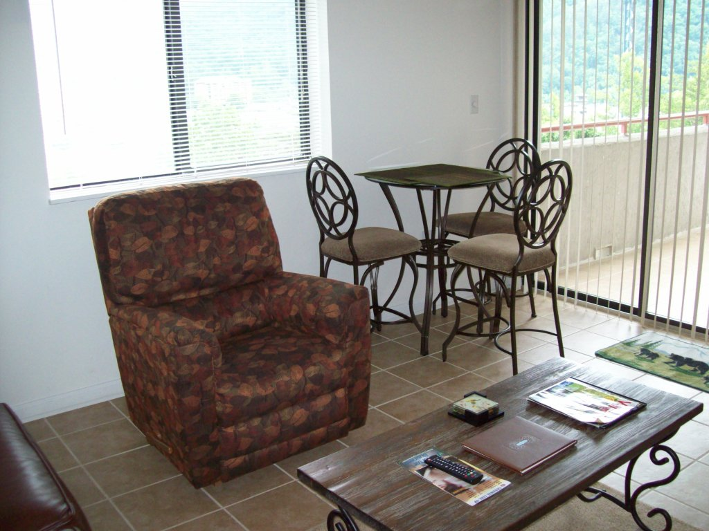 Photo of a Gatlinburg Condo named 404 - This is the fifth photo in the set.