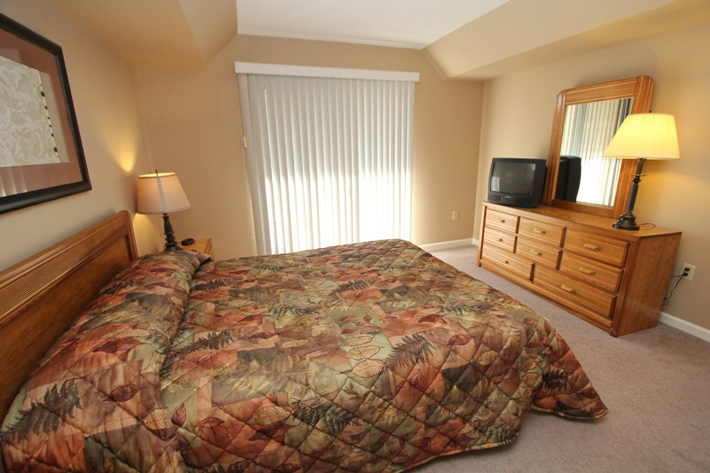 Photo of a Gatlinburg Condo named Level Three, Great River View - 306 - This is the seventh photo in the set.