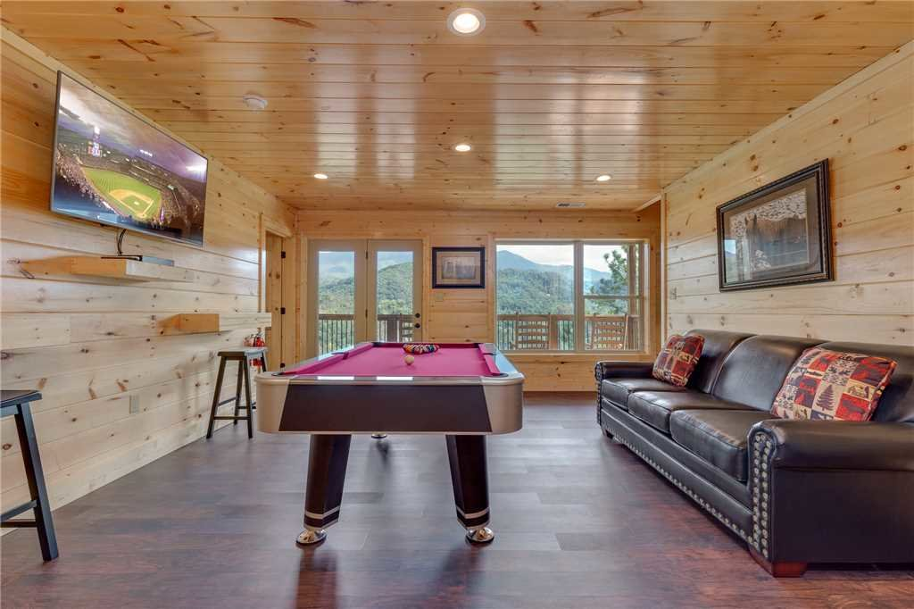 Photo of a Gatlinburg Cabin named All About The View - This is the twelfth photo in the set.