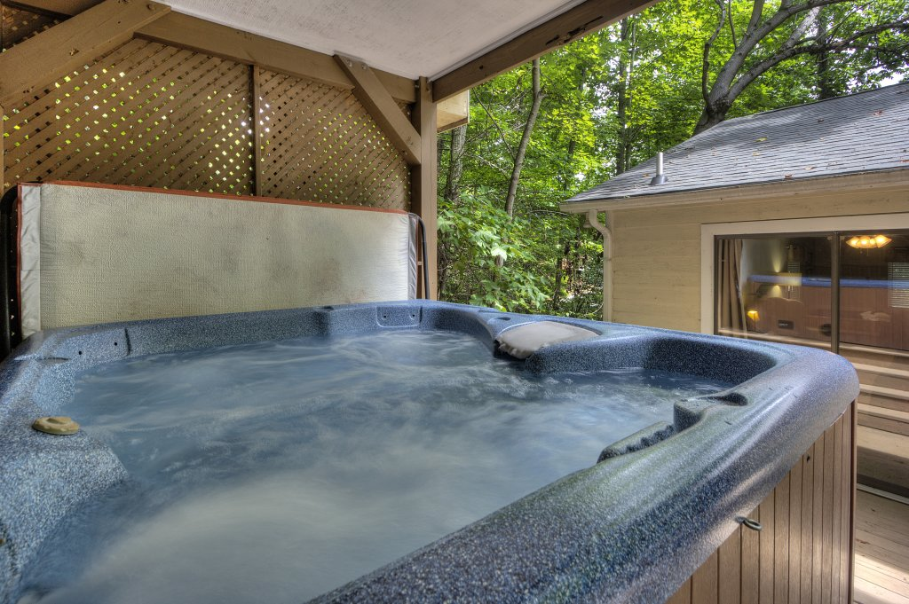 Photo of a Gatlinburg Cabin named Bear's Delight - 320 - This is the fourth photo in the set.