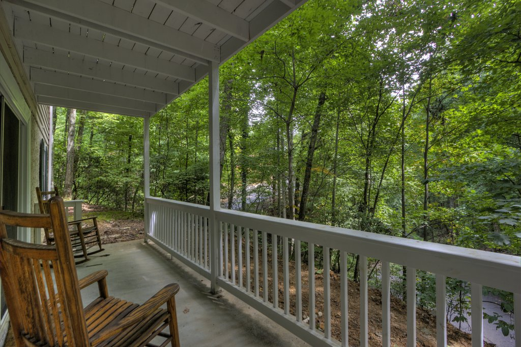 Photo of a Gatlinburg Cabin named Bear's Delight - 320 - This is the forty-fourth photo in the set.