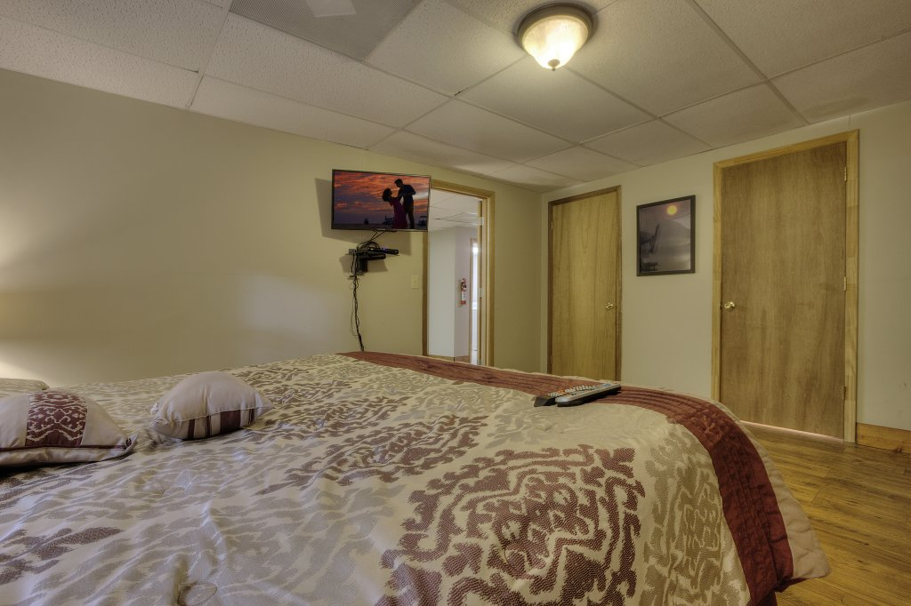Photo of a Gatlinburg Cabin named Bear's Delight - 320 - This is the forty-second photo in the set.