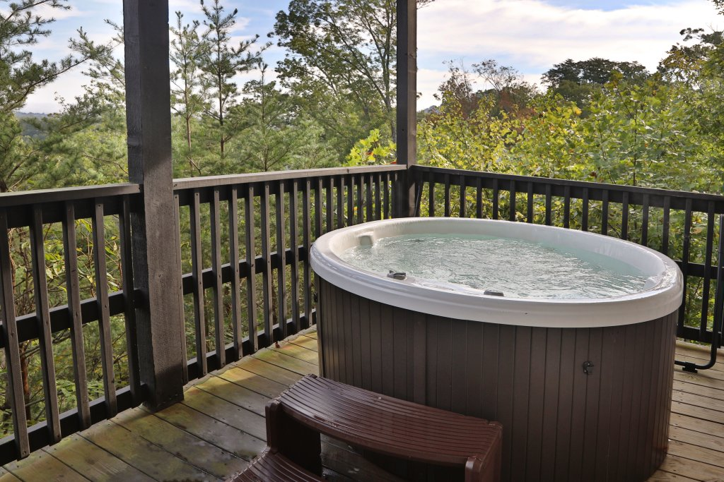 Photo of a Pigeon Forge Cabin named Pinnacle View 7b - This is the second photo in the set.