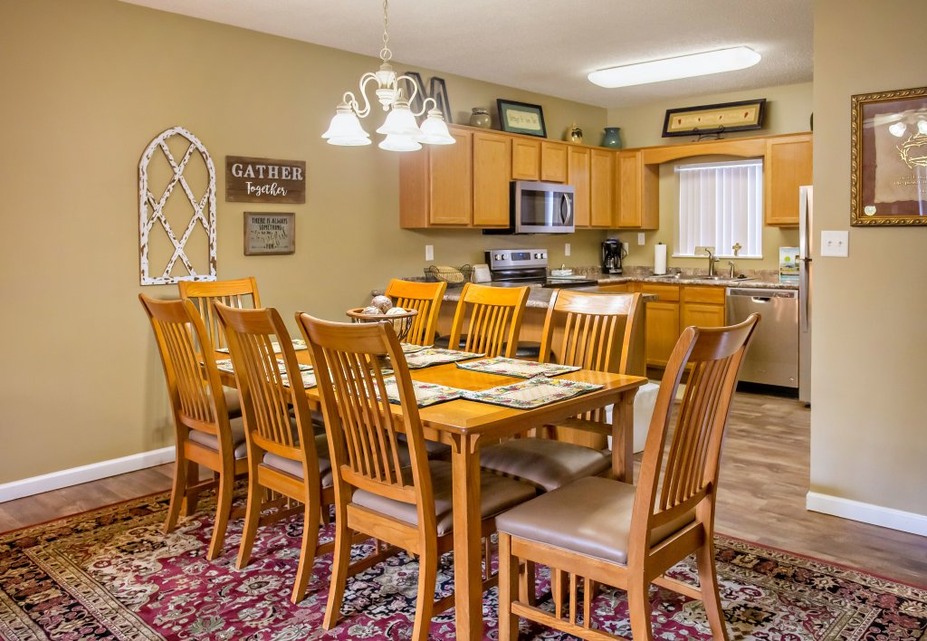 Photo of a Pigeon Forge Condo named Whispering Pines 624 - This is the fifth photo in the set.