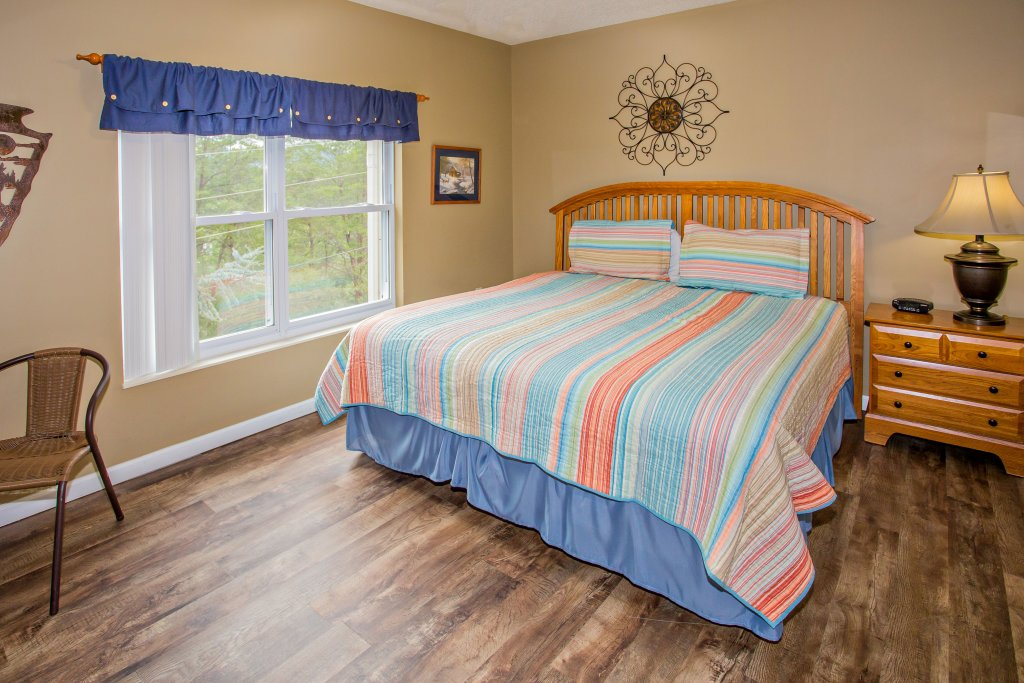 Photo of a Pigeon Forge Condo named Whispering Pines 624 - This is the tenth photo in the set.