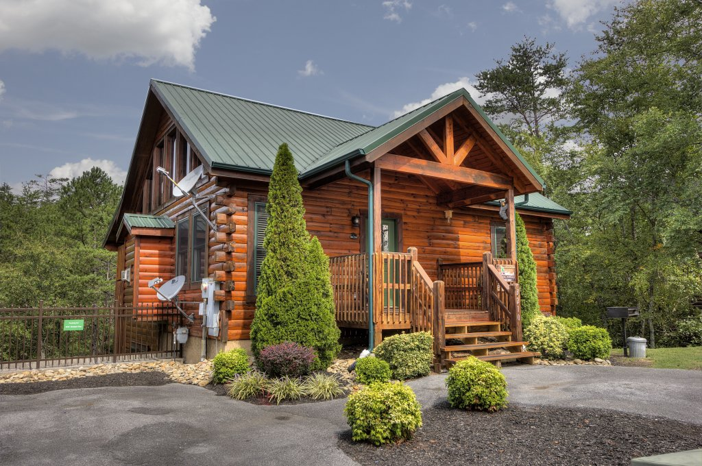 Photo of a Pigeon Forge Cabin named Serenity Now #370 - This is the second photo in the set.