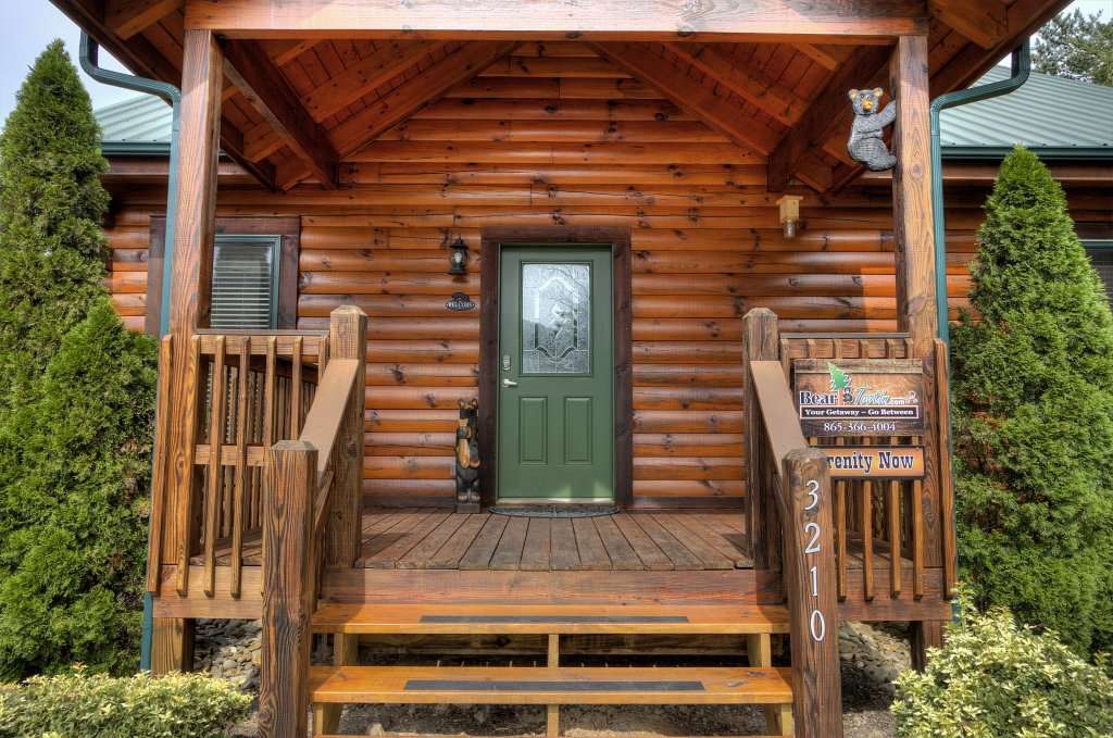 Photo of a Pigeon Forge Cabin named Serenity Now #370 - This is the fortieth photo in the set.