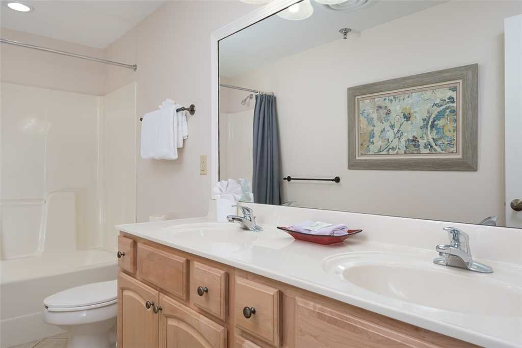Photo of a Gatlinburg Condo named Baskins Creek 206 - This is the tenth photo in the set.
