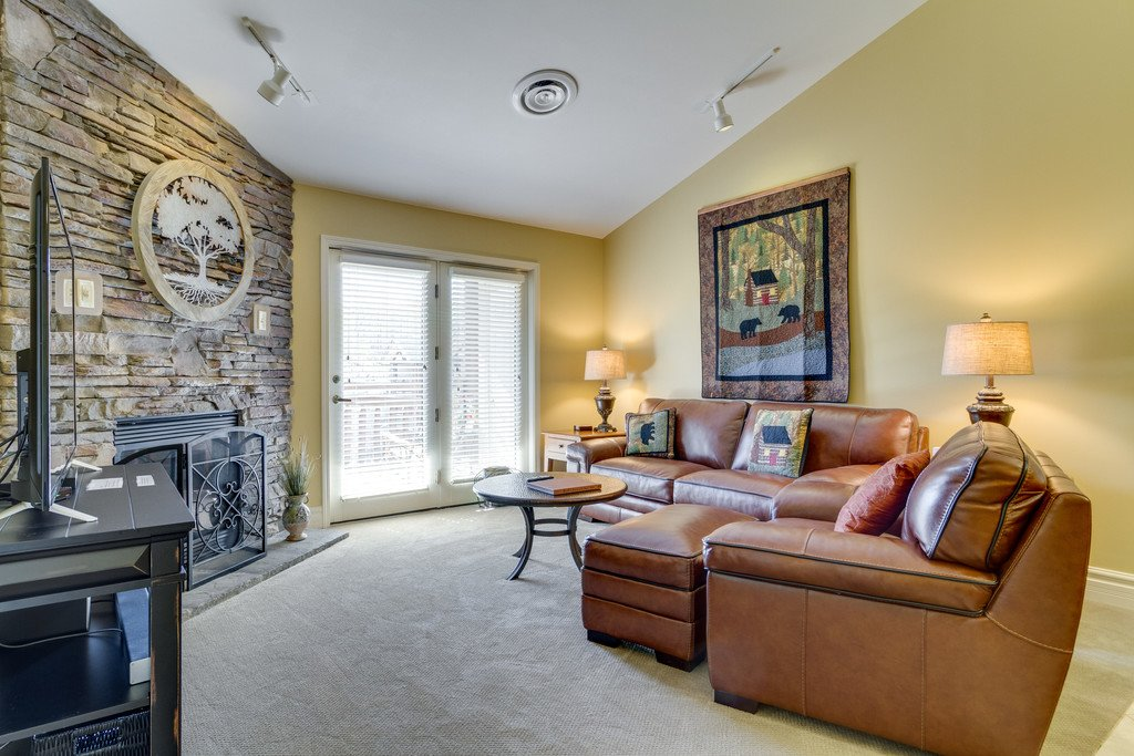 Photo of a Gatlinburg Condo named Baskins Creek 512 - This is the second photo in the set.