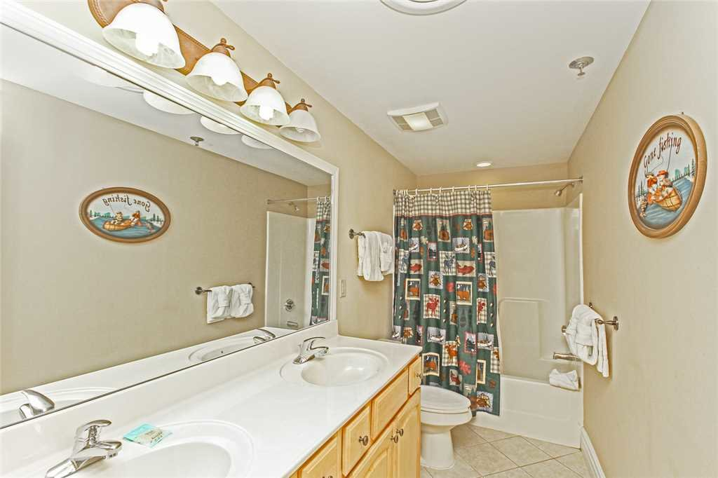 Photo of a Gatlinburg Condo named Baskins Creek 404 - This is the thirteenth photo in the set.