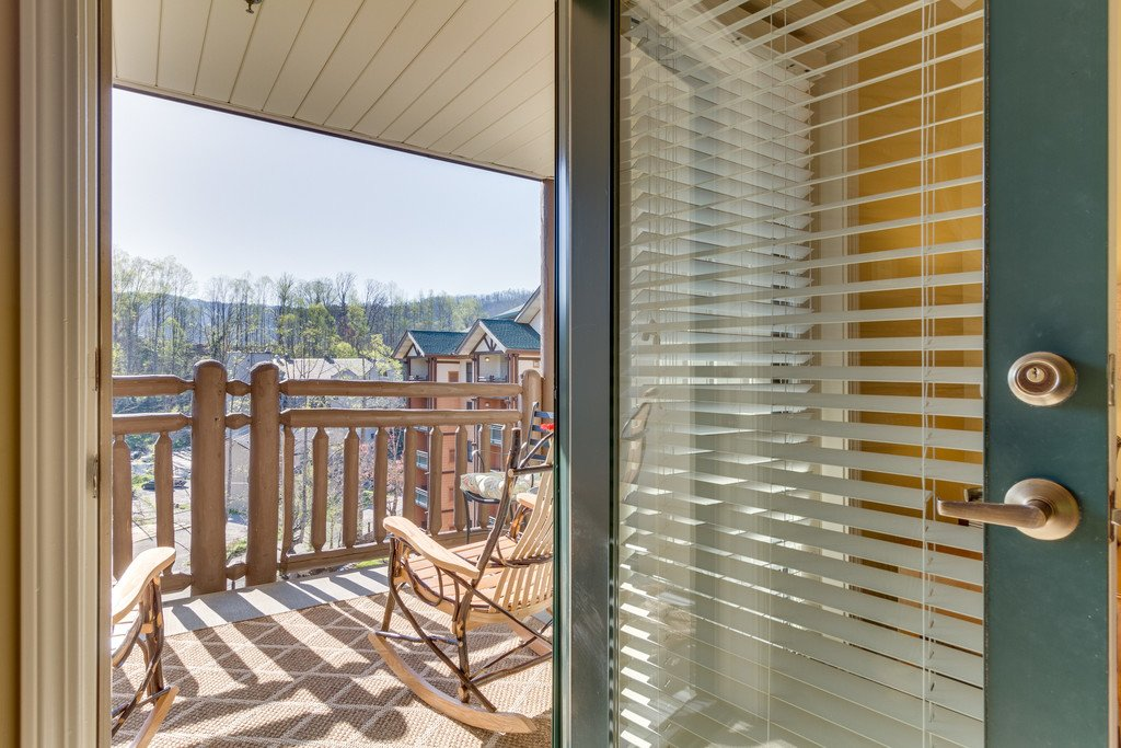 Photo of a Gatlinburg Condo named Baskins Creek 512 - This is the fifth photo in the set.
