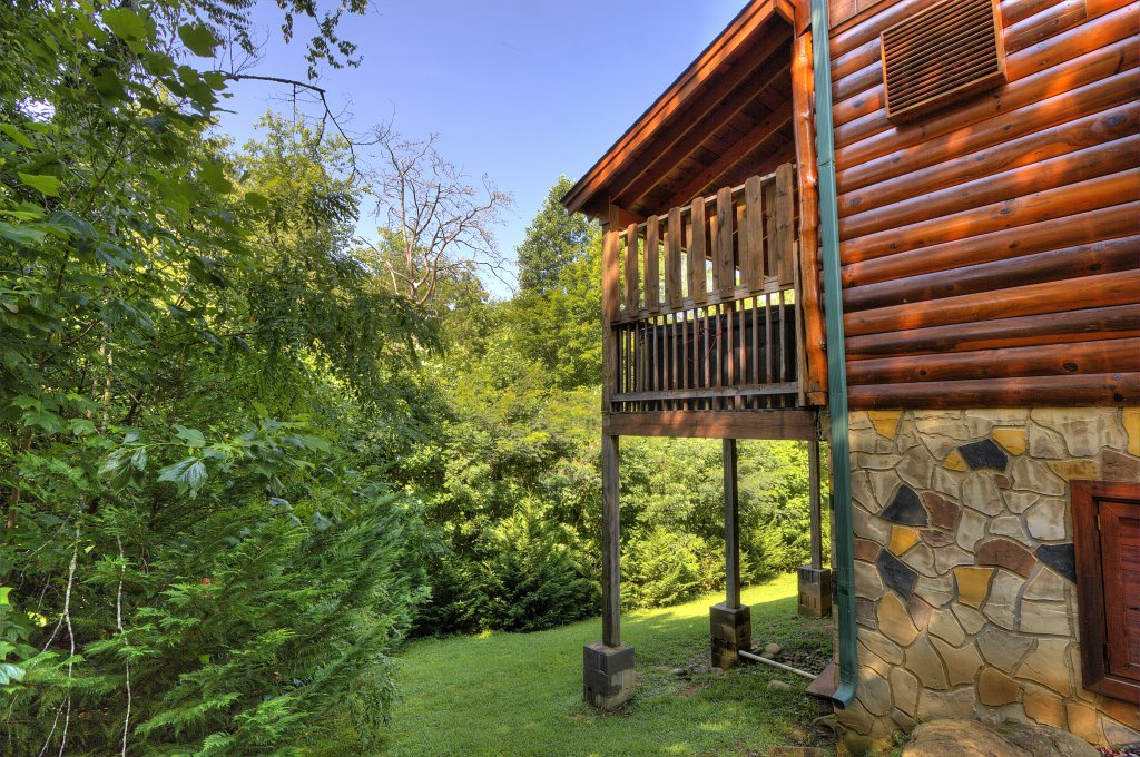 Photo of a Gatlinburg Cabin named Majestic Waters #575 - This is the sixty-first photo in the set.