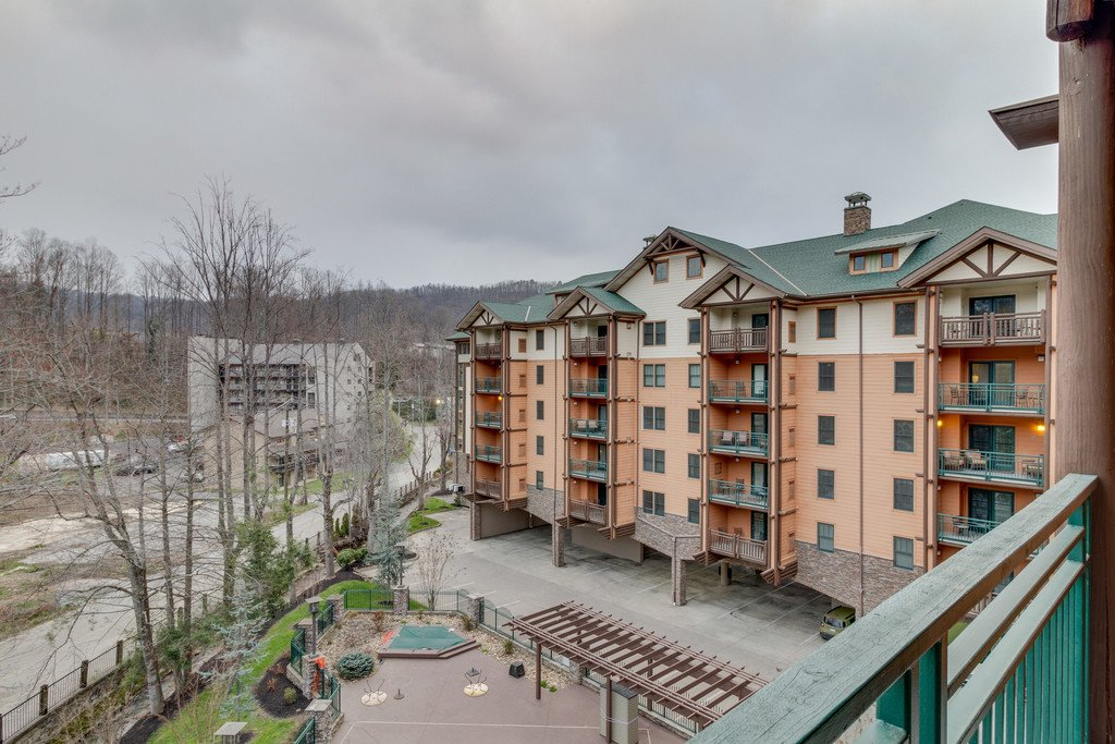 Photo of a Gatlinburg Condo named Baskins Creek 414 - This is the thirty-fourth photo in the set.