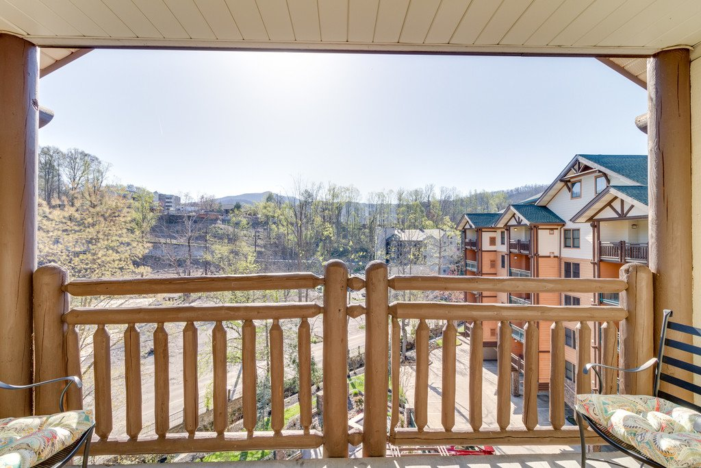 Photo of a Gatlinburg Condo named Baskins Creek 512 - This is the eighth photo in the set.