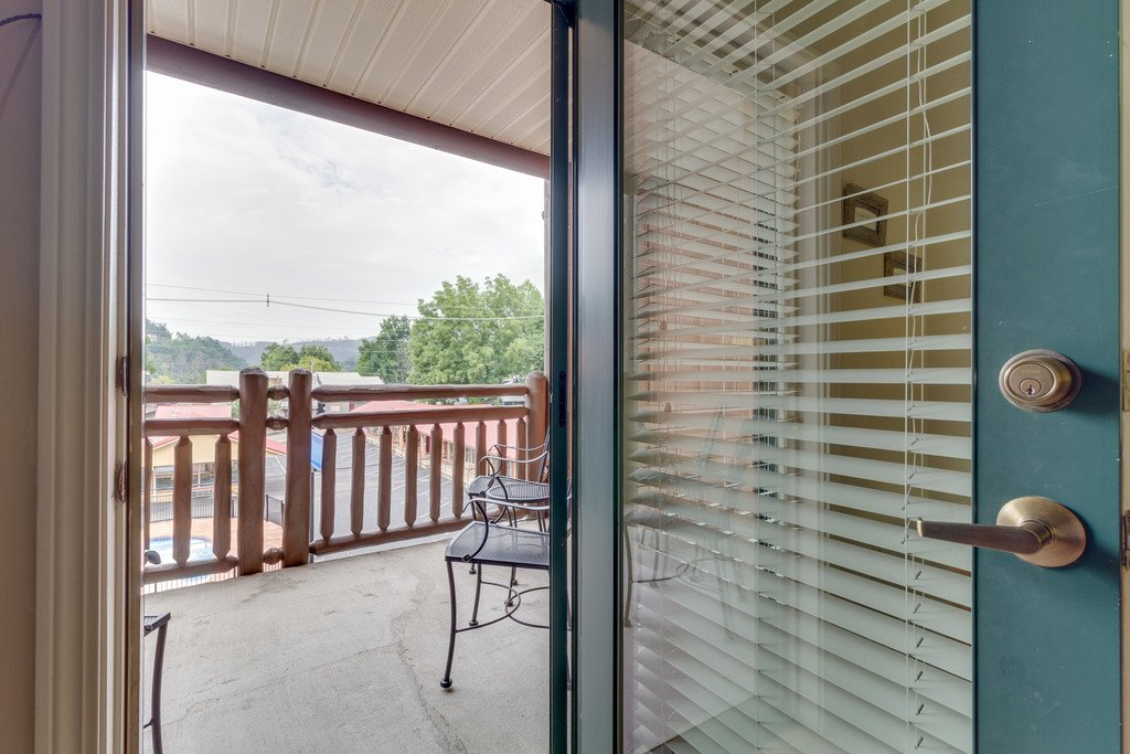 Photo of a Gatlinburg Condo named Baskins Creek 107 - This is the thirty-second photo in the set.