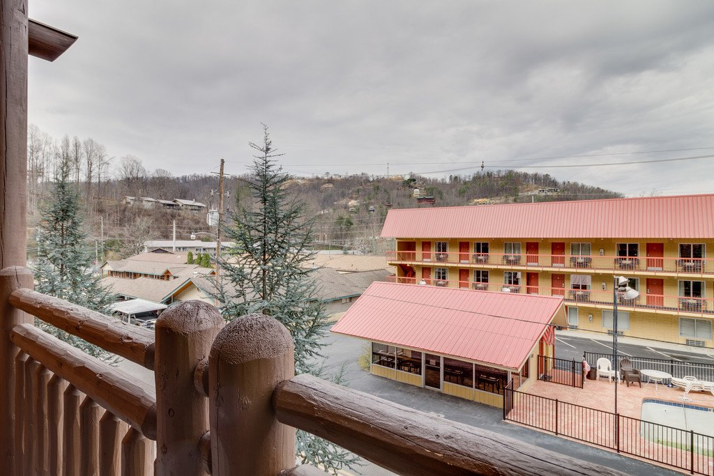 Photo of a Gatlinburg Condo named Baskins Creek 105 - This is the thirty-second photo in the set.