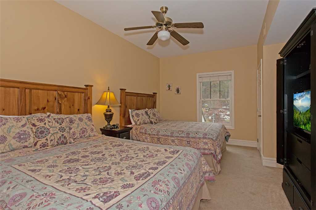 Photo of a Gatlinburg Condo named Baskins Creek 313 - This is the fifteenth photo in the set.