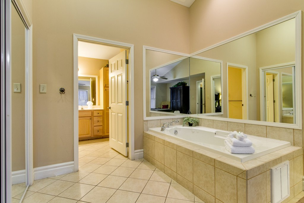 Photo of a Gatlinburg Condo named Baskins Creek 407 - This is the thirteenth photo in the set.